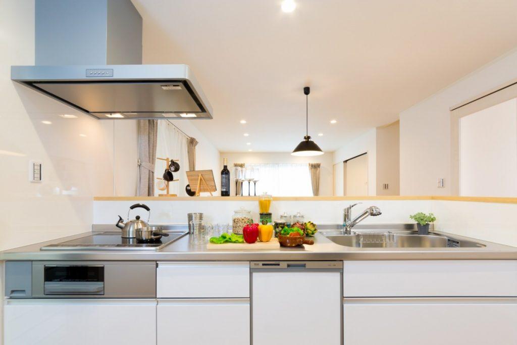 スッキリとシンプルなキッチン