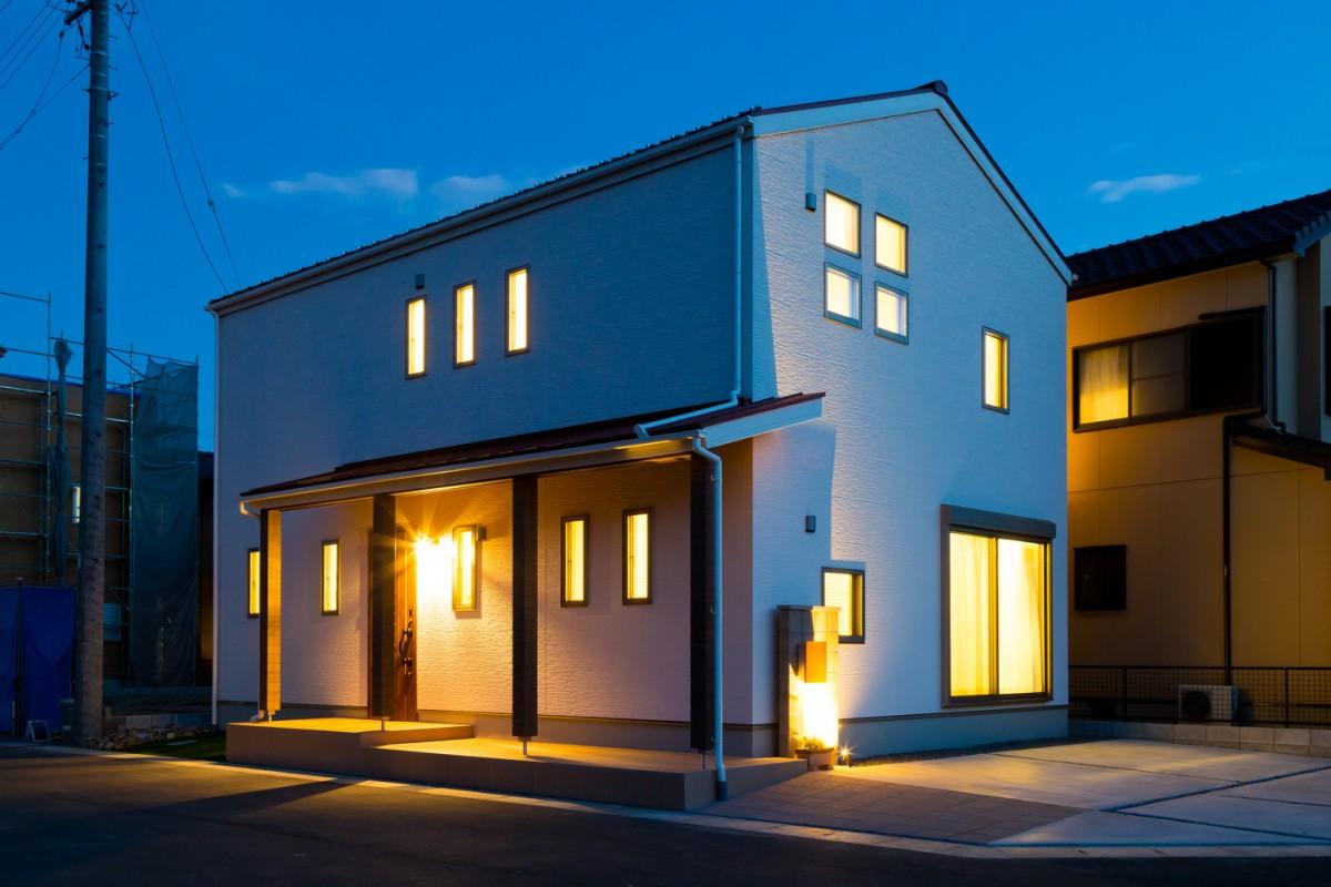 シンプルデザインのお家