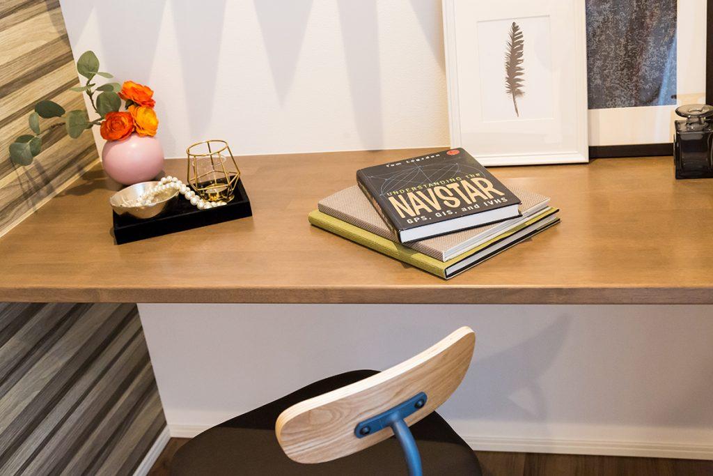 キッチン隣の便利な作業スペース