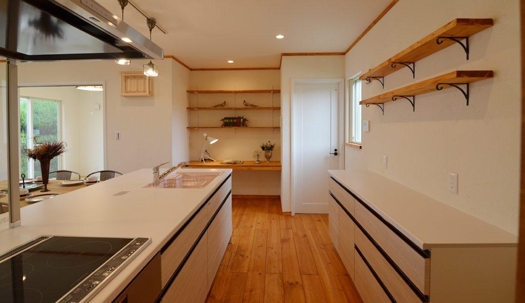 オープンカウンターのキッチン